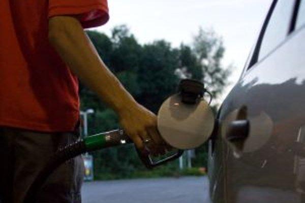 K lúpežnému prepadnutiu došlo na žiarskej benzínke.
