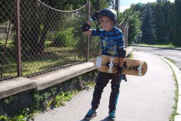 Mladým Kremničanom chýba v meste skejtpark.
