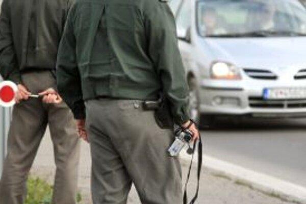 Pre tragické nehody bude na cestách hliadkovať viac policajtov.