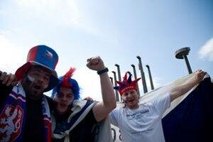Hokejoví fanúšikovia sa tešia. Bratislava šampionát zvláda.