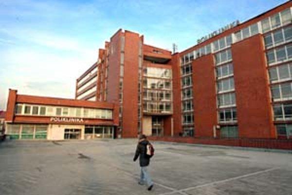 Polikliniku chce mestská časť zachovať.