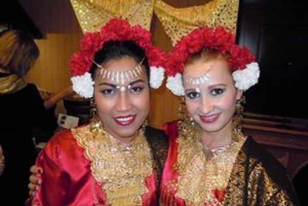 Hudba, tanec a krásne kostýmy, taký je gamelan čiže orchester z Bali.