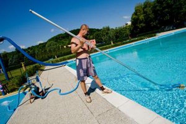 Najvavštevovanejšia je Rosnička, kde však začiatkom leta museli vypustiť detský bazén pre závadnú vodu.