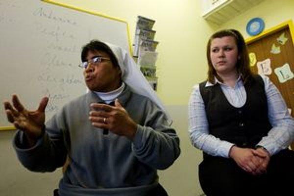 Cuzdinci sa slovenčinu učia na viacerých školách