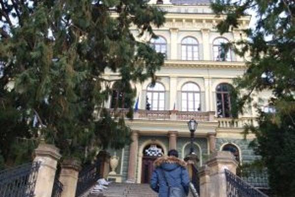 Študenti lesníctva v Banskej Štiavnici zaviedli viacero tradícií, ktoré sú dnes pre maturantov samozrejmosťou.