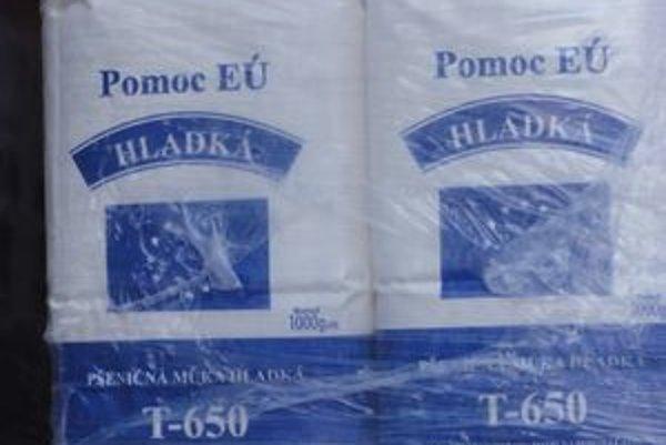 Vo štvrtok do Petržalky priviezli približne 20 ton potravín, čakali ich už v auguste.