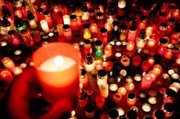 V roku 2010 distribuovali na Slovensku 30.000 týchto sviečok, čo bolo o 5000 viac ako v predchádzajúcom roku 2009
