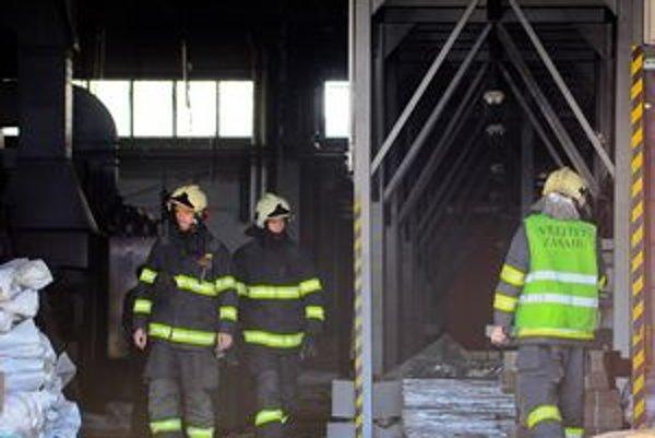 Hasiči tento rok riešili už viac požiarov, pri ktorých stretli bezdomovcov.
