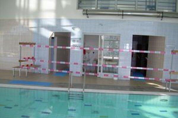 Bazénovú časť už otvorili. Problémy s budovou Relax centra sa však zrejme stanú predmetom súdneho sporu.