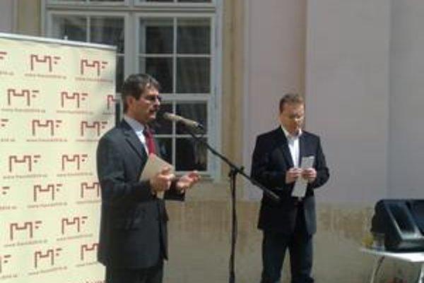 Ftáčnik chce chodiť po mestských častiach a diskutovať.