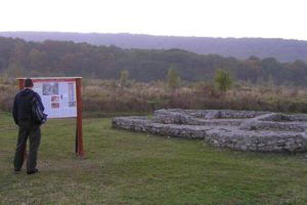 Villa rustica bola v roku 1990 vyhlásená za národnú kultúrnu pamiatku. Počas tunajších výskumov sa objavila keramika aj základy stredovekého dvorca.