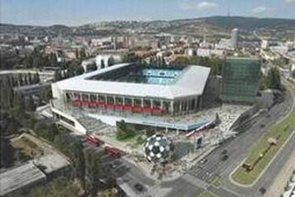 Takto má vyzerať národný futbalový štadión. Vizualizáciu predstavili vládni predstavitelia minulý rok.