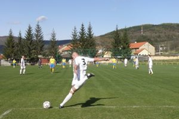 Žiarčania prišli o dôležité body. Na gól Málinčanov z 11m už nedokázali odpovedať.