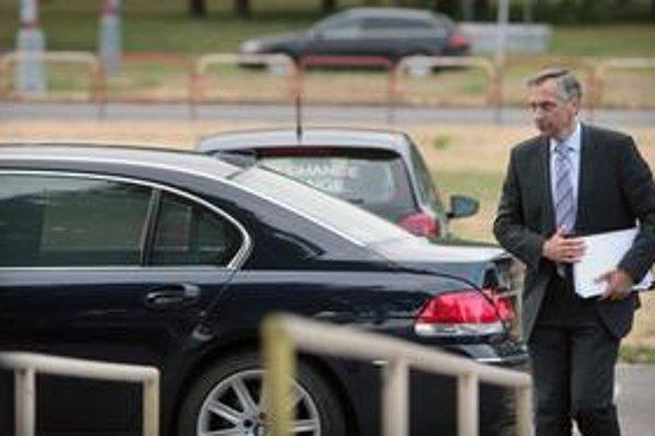Minister dopravy.