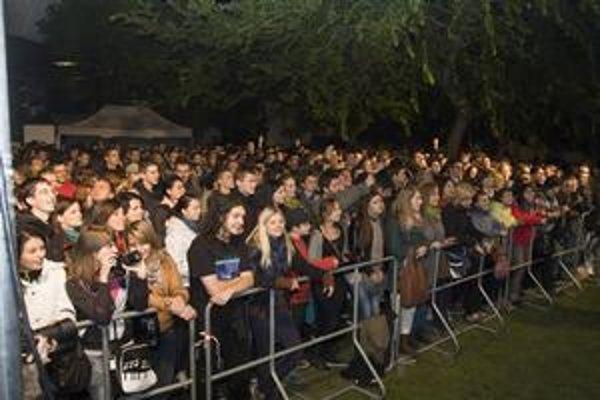 Na otvárací koncert festivalu prišlo v piatok večer približne 1500 ľudí.