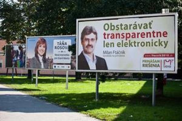 Ftáčnik začal s primátorskou kampaňou ako prvý spomedzi všetkých kandidátov. Svoje bilbordy tak má na dobrých, veľmi frekventovaných komunikačných ťahoch. Vonkajšiu reklamu má teraz na asi 200 reklamných zariadeniach.