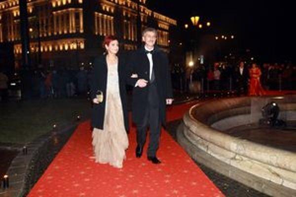 Miroslav Michalech s manželkou na Plese v opere.