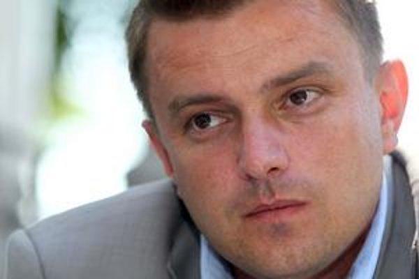 Branislav Zahradnik, napriek sľubom opäť kandidoval.