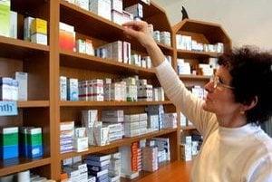 Univerzitná lekáreň v Ružinove a lekáreň pod Manderlom sú otvorené nepretržite.