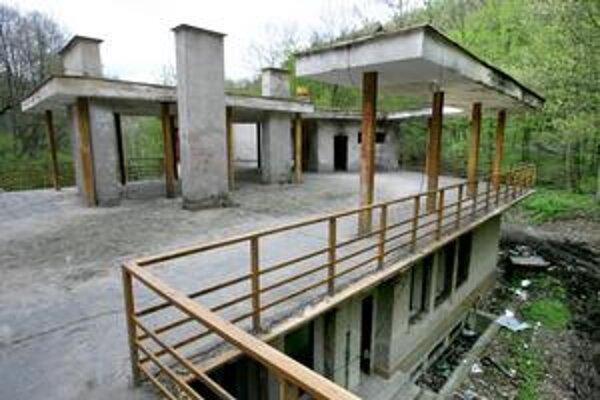 Dnes je z bývalej Snežienky ruina. Na jej mieste má vyrásť hotel.