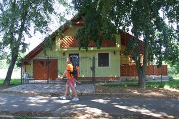 Na tomto mieste mal stáť letný bufet. Spor medzi mestom a majiteľom rodinného domu trvá už viac ako rok.