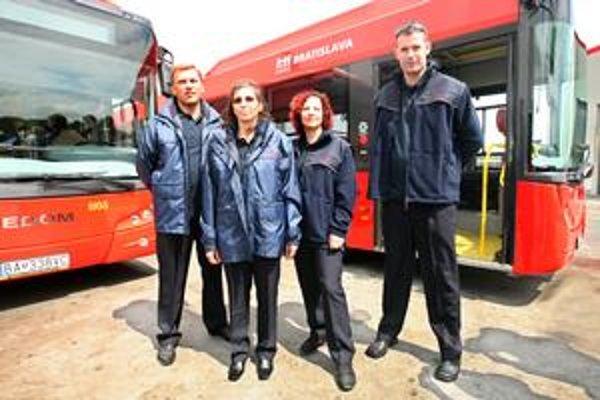 Uniformy pre vodičov MHD budú povinné od septembra. Ich nosenie sa bude kontrolovať.