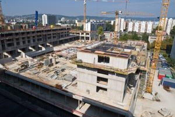 Retro chcú ťahať na 25 podlaží. Podľa územného plánu by tu mala stáť budova s maximálnou výškou piatich podlaží.