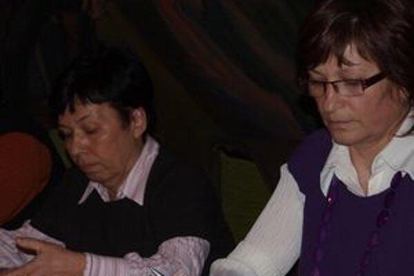 Primátorka Zuzana Balážová (vľavo) príde o časť odmien. S návrhom na takýto krok prišla poslankyňa Klára Popová (vpravo).
