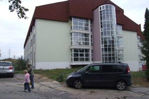 Na dokončenie Pavilónu B žiarskej nemocnice treba viac ako dva milióny eur.