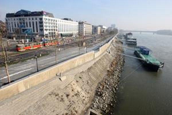 Hladina Dunaja je ustálená. Extrémy počasia nehrozia.