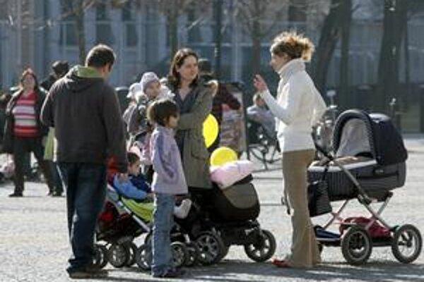Obecný byt pre mladé rodiny v Petržalke je teraz finančne dostupnejší.