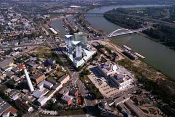 Projekt Panorama city by mal byť hotový v roku 2011. Veže majú byť najvyššími stavbami v bývalom Česko-Slovensku. Na stavbe sa už začalo pracovať, robí sa na kolektore, po novom roku vyhĺbia stavebnú jamu. Náklady predstavujú deväť miliárd korún.
