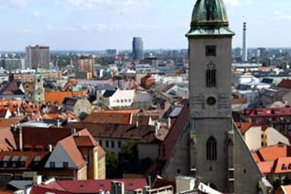 Novela zákona o Bratislave, ktorú v máji minulého roka schválil parlament, označilo vedenie mesta za účelovú. Teraz starostovia pripravujú celkom nový návrh zákona, o ktorom mesto tvrdí, že ho ani nepozná.