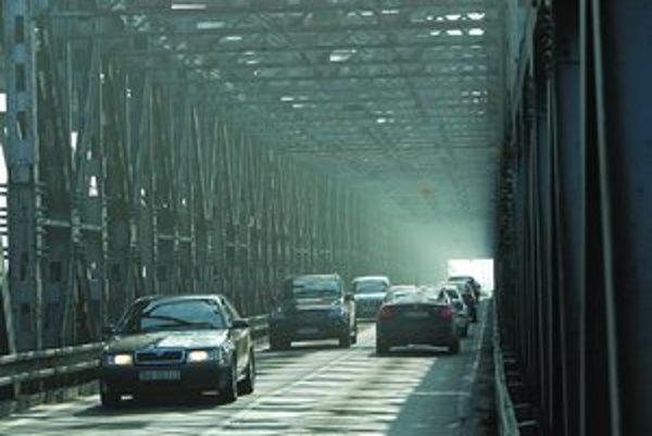 Pre ojedinelý rozsah, zachovalosť a funkčnosť možno Starý most považovať za historickú vojenskú stavbu.