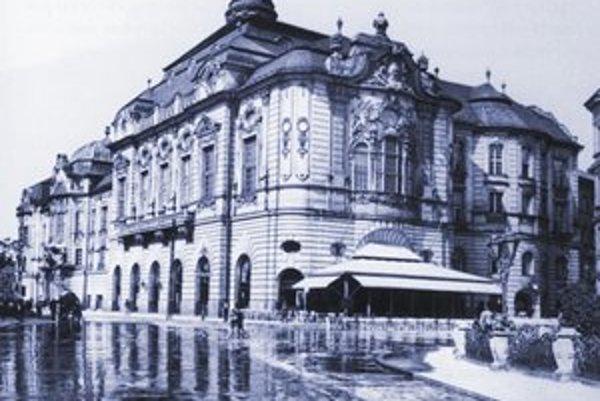 V kaviarni Reduta začal Janko Meravý organizovať džezové matiné, preslávené pod názvom Zväzácke predpoludnia.