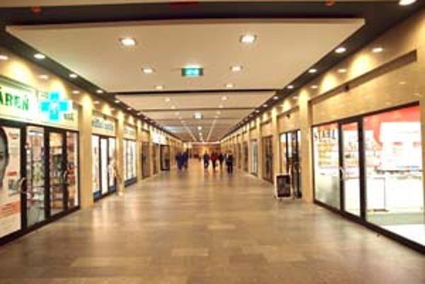 Podchod mala spoločnosť Astoria Passage od mesta prenajatý na 10 rokov.