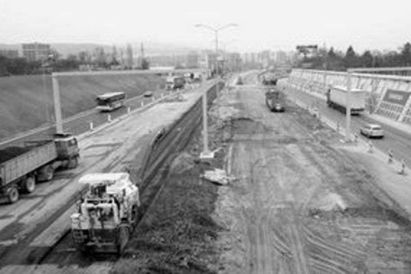 Blíži sa dokončenie výstavby tunela Sitina. Mal by byť dokončený do pol roka, ak stavbárov neprekvapí podzemná voda.