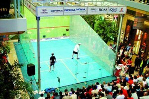 Majstrovstvá Slovenska v squashi sa tento rok sťahujú z Auparku do obchodného komplexu Avion Shopping Park.FOTO SME – MIROSLAVA CIBULKOVÁ