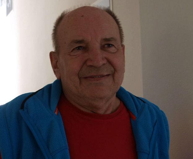 Amatérsky historik Marian Pavúk zachraňuje spomienky na kúpele.