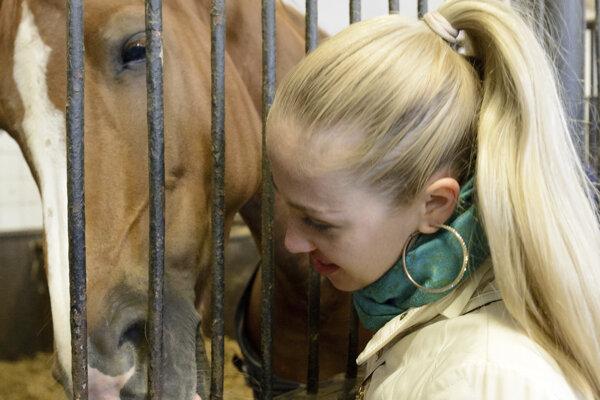 V Národnom žrebčíne Topoľčianky chovajú asi 570 ušľachtilých koní.