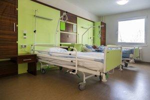 Do postelí investovala nemocnica 20-tisíc eur.
