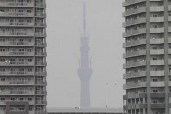 Veža čoskoro prerastie mrakodrapy v okolí.