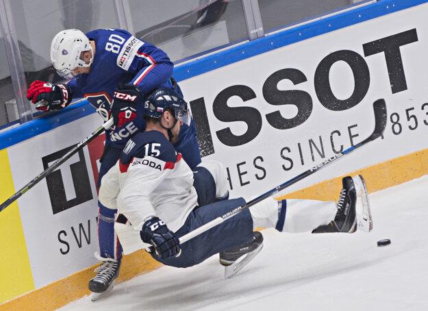 Na snímke dole Ivan Švarný (Slovensko) a hore Teddy Da Costa (Francúzsko),