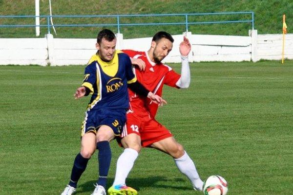 Samir Nurkovič, jarná posila Vrábeľ, strelil v nedeľu dva dôležité góly a potiahol tak mužstvo k nečakanému víťazstvu.