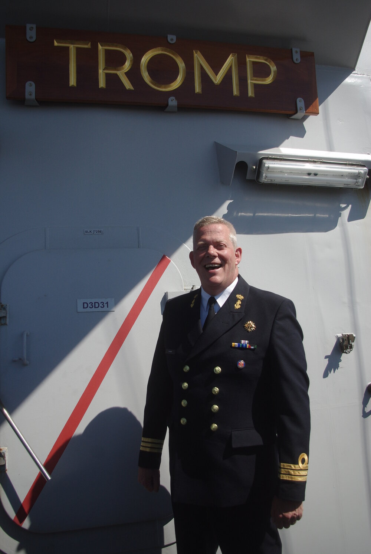 Veliteľ Frank Lenssen.
