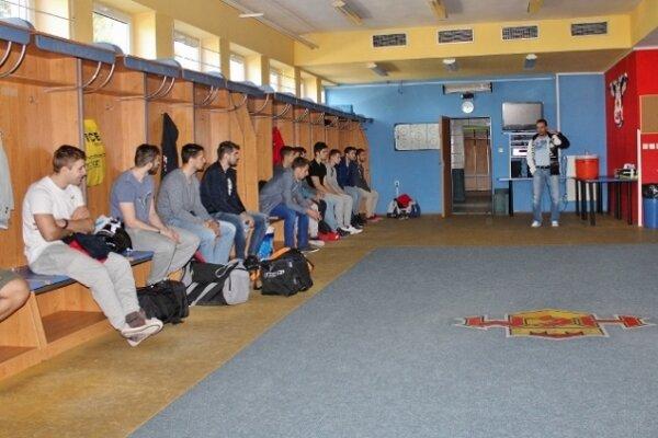 Tréner Turek mal v kabíne príhovor