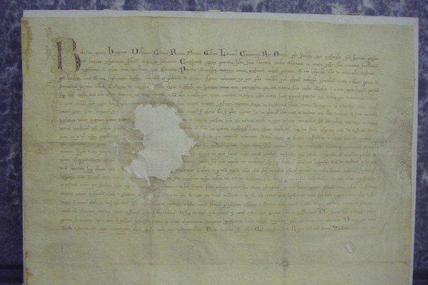 Privilegiálna listina z roku 1255 sa dnes nachádza v pobočke Štátneho archívu v Banskej Bystrici.