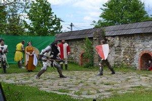 V radoľskom kaštieli sa odohrali viaceré rytierske súboje.