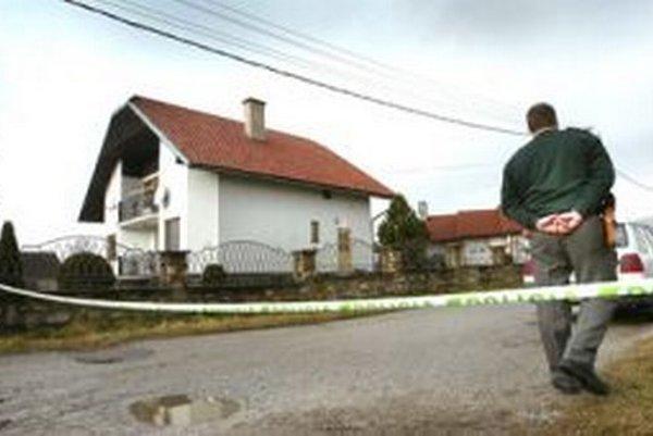 V tomto dome zavraždili v roku 2006 podnikateľa Jána Kubašiaka