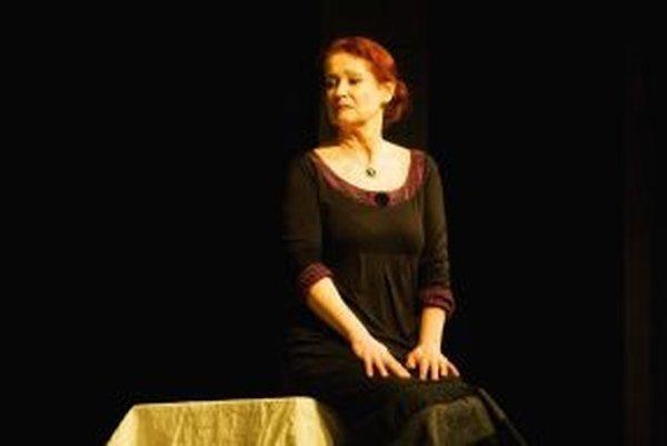 Inscenácia je venovaná životnému jubileu herečky Anity Krepčárovej-Šafárikovej.